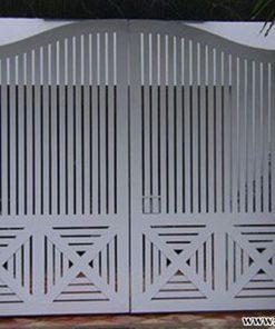 Giá làm mẫu cửa cổng giả gỗ CK58 trọn gói tại TpHCM bao nhiêu tiền 1m2