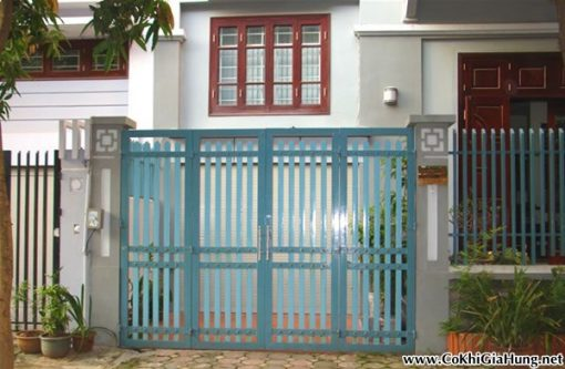 Công ty Gia Hưng chuyên làm mẫu cổng sắt pano giả gỗ CK22 giá rẻ SG