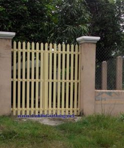 Công ty Gia Hưng làm cửa cổng sắt pano giả gỗ CK338 trọn gói giá lắm