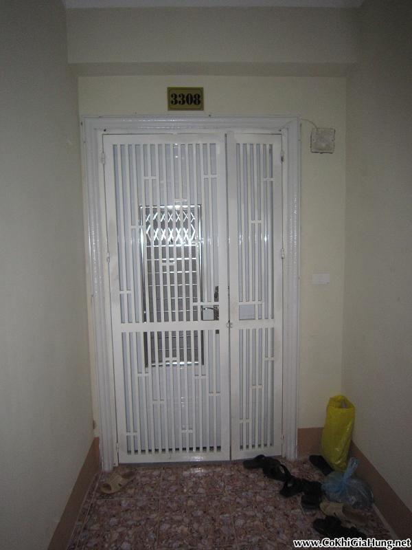 Dịch vụ làm cửa sắt Pano dùng cho chung cư CK305 tận nơi tại TpHCM