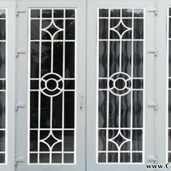 Mẫu cửa sổ sắt 4 cánh CK259 giá bao nhiều 1 mét?