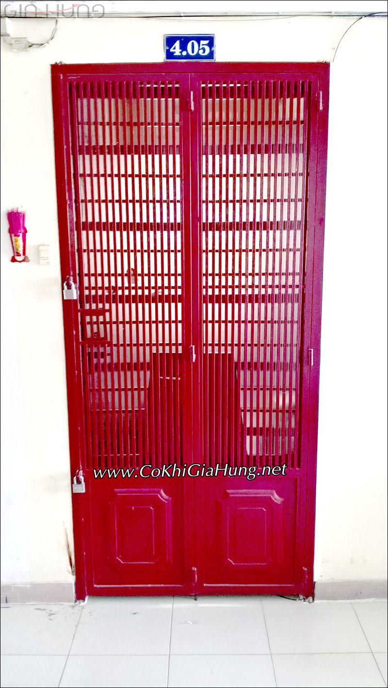 Mẫu cửa sắt chung cư CK611 giá rẻ