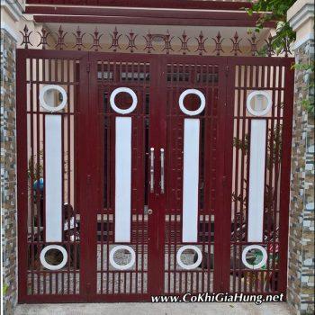 Mẫu cửa cổng sắt hộp 4 cánh CK592 làm ở đâu giá rẻ nhất?