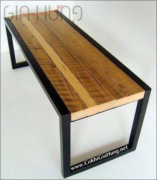 Bàn làm việc khung sắt mặt gỗ CKB668