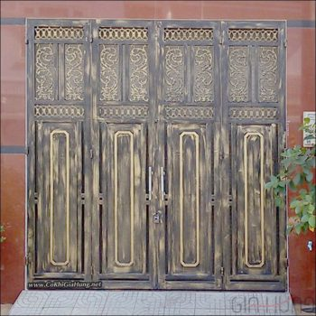 mẫu cửa sắt pano giả gỗ nhà phố tuyệt đẹp tại phường Thới An, quận 12, TpHCM