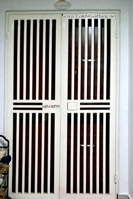 Mẫu cửa sắt chung cư CK1106 tại chung cư Riverside 4S Linh Đông - Thủ Đức