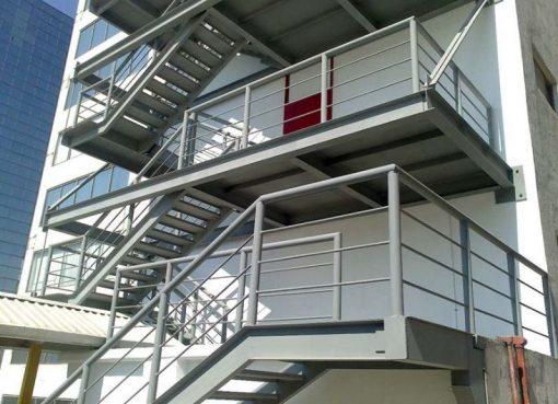 Hình ảnh để lên ý tưởng thiết kế cầu thang thoát hiểm bằng sắt CK1241